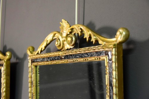 Louis XVI - 18th Century, Pair Of Italian Neoclassical Carved And Gilded Wood Mirrors