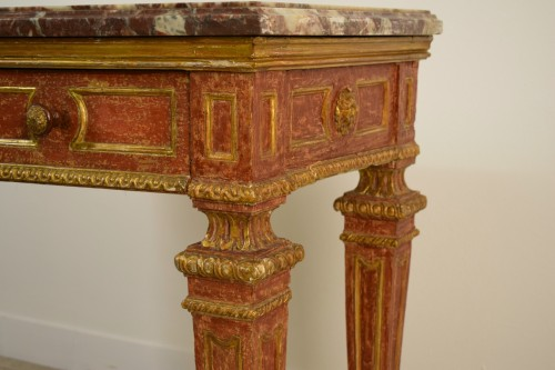Antiquités - Carved, Golden And Lacquered Wood Console With Red Background, Marble Top