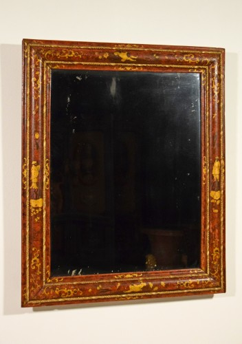 Mirrors, Trumeau  - 18th Century, Venetian Wood Mirror lacquered with Chinoiserie