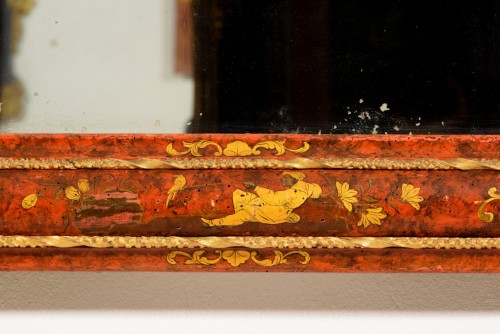 Antiquités - 18th Century, Venetian Wood Mirror lacquered with Chinoiserie