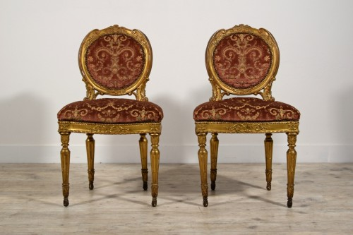 Pair of neoclassical carved and gilded wood chairs, Italy, late 18th century - Seating Style Louis XVI