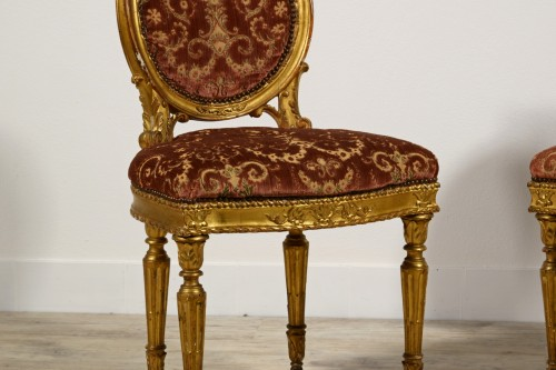 18th century - Pair of neoclassical carved and gilded wood chairs, Italy, late 18th century