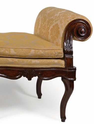 18th Century, Italian Walnut Wood Bench - Seating Style Louis XV