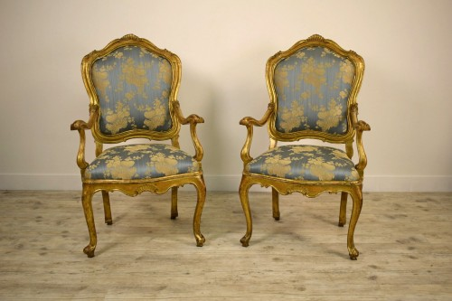 18th Century Pair Of venetian Giltwood Armchairs  - Seating Style Louis XV