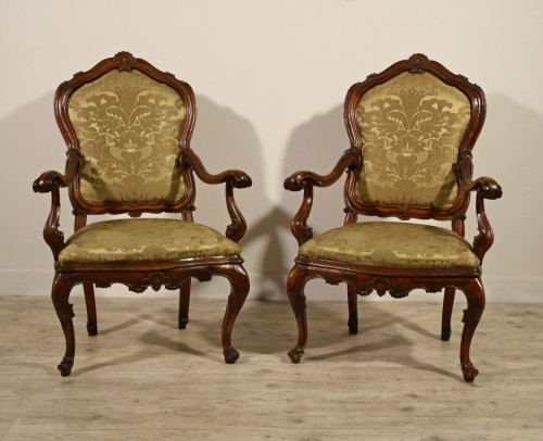 Pair of carved wooden armchairs, Italy, 18th century, Louis XV -