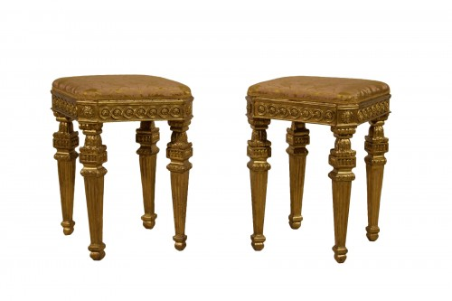 18th Century Pair of Italian Neoclassical Gilt Wood stools