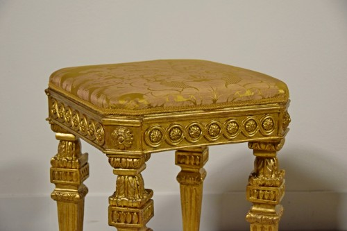 Louis XVI -  18th Century Pair of Italian Neoclassical Gilt Wood stools