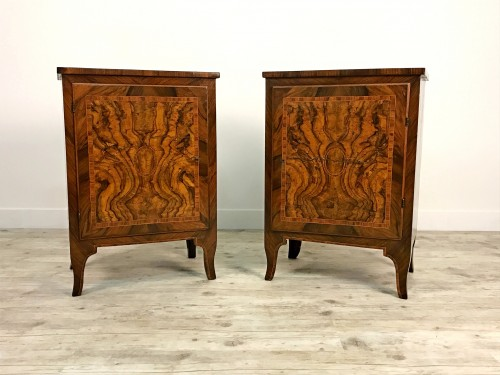 18th Century, Pair of Italian Walnut Wood Bedside Tables  - Furniture Style Transition
