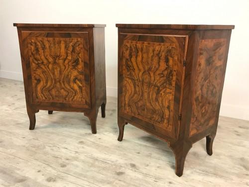 18th Century, Pair of Italian Walnut Wood Bedside Tables  - Transition