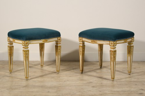 18th Century Pair of Italian Neoclassical Lacquered Wood Stools  -