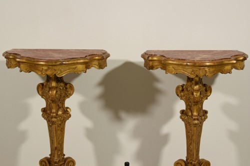 - 19th Century Pail Of Italian Giltwood Gueridon