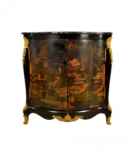 Lacquered wooden corner, Louis XIV style, France, 19th century