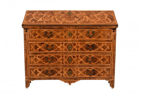 18th century, Italian Inlaid Wood Chest of Drawers with Secretaire