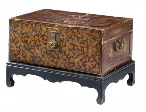 20th century, China lacquered and golden wood Trunk