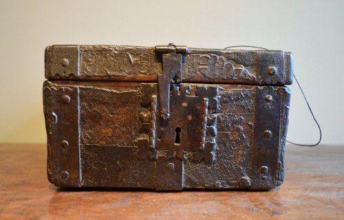Gothic messenger's box, France late 15th century - Curiosities Style Middle age