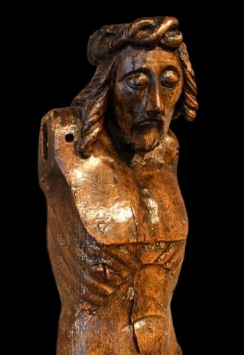 An important Christ in oak.  England.  Early 15th century.