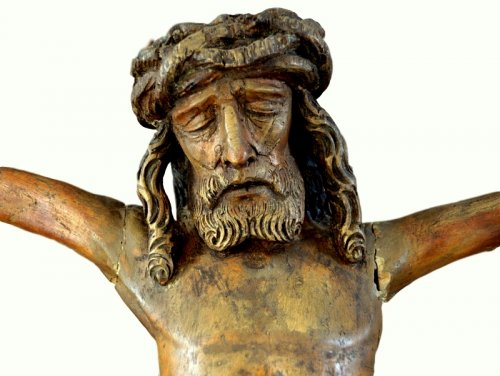 Religious Antiques  - Christ in carved wood.16th century.