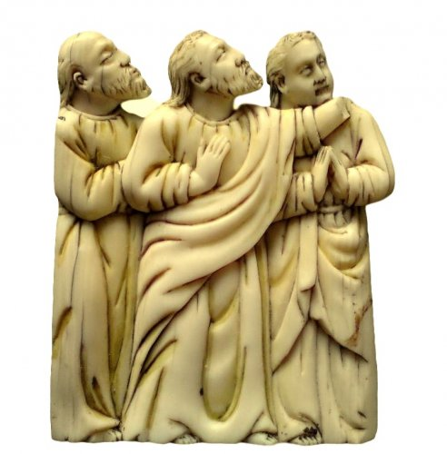 Bone plaque depicting 3 apostles. Circa 1380.