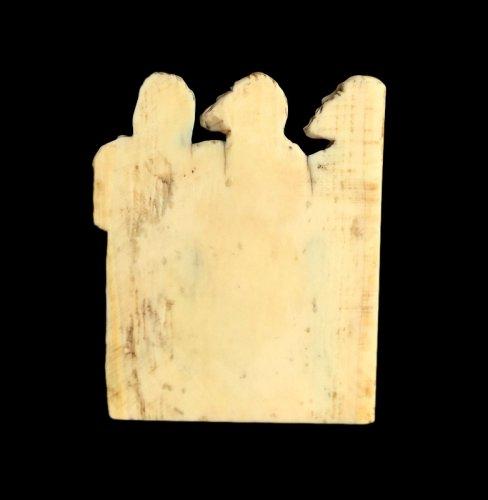 16th century - Bone plaque depicting 3 apostles. Circa 1380.
