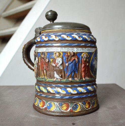 A Creussen stoneware tankard.Late 17th century - Religious Antiques Style