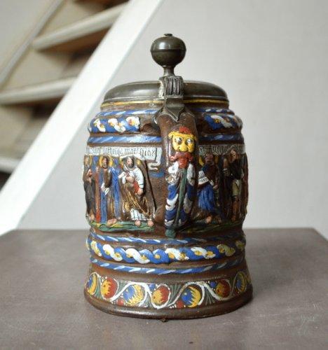 A Creussen stoneware tankard.Late 17th century -