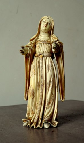 Ivory carved Virgin.Philippines 17th century. - Religious Antiques Style