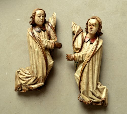 A pair of carved limewood Angels.16th century - Sculpture Style