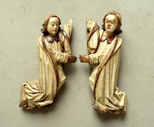 Sculpture  - A pair of carved limewood Angels.16th century