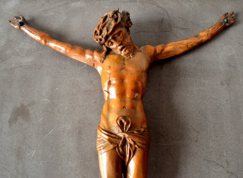 Religious Antiques  - A German boxwood carved corpus.16th century