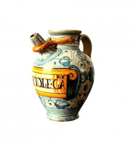 Italian majolica apothecary jar  c.1600-1620