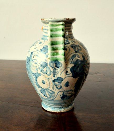 17th century - Italian majolica apothecary jar  c.1600-1620