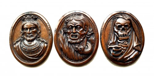Three wood carved allegorical medaillons.17th century