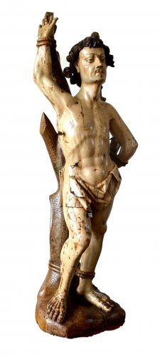 A walnut carved sculpture of St-Sebastian.16th century