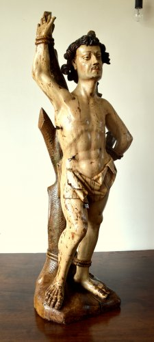 A walnut carved sculpture of St-Sebastian.16th century - Sculpture Style