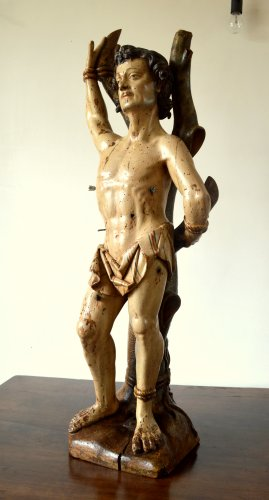 Sculpture  - A walnut carved sculpture of St-Sebastian.16th century