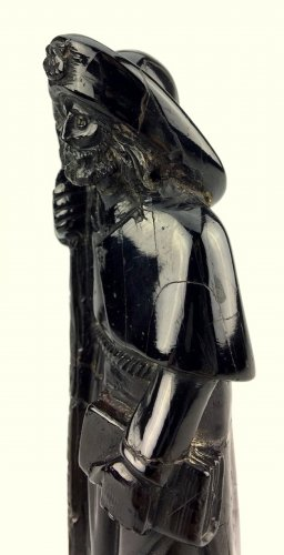 Jet figure of St-James of Compostella.17th century -