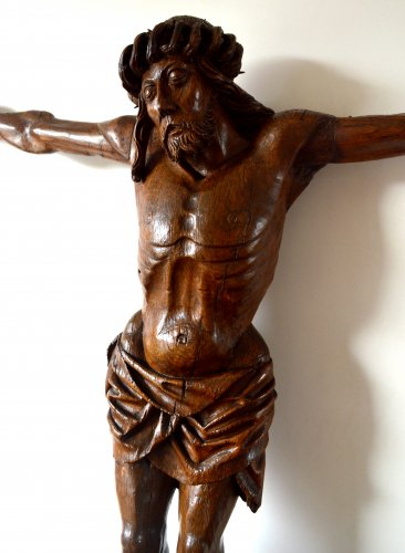 Religious Antiques  - Christ in oak wood. Circa 1500