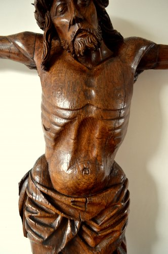 16th century - Christ in oak wood. Circa 1500