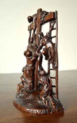 The Descent from the Cross - Walnut group Late 17th century. -