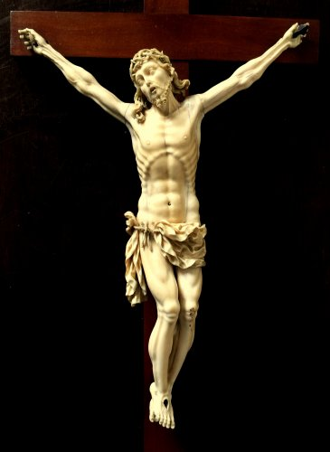 Ivory carved Christ.17th century -