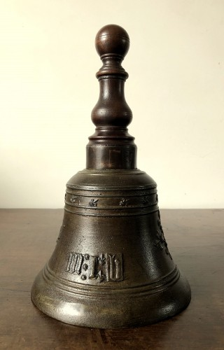 Bronze hand bell,dated 1578 - Religious Antiques Style Renaissance