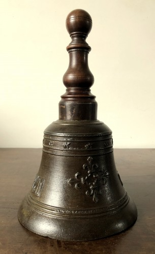 Bronze hand bell,dated 1578 -