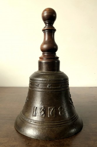 16th century - Bronze hand bell,dated 1578