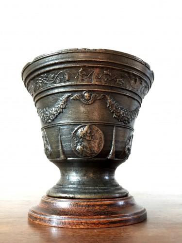Italian Renaissance mortar.Ca 1550 - Collectibles Style Renaissance