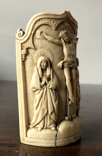 Religious Antiques  - A fine ivory pax, Early 16th century