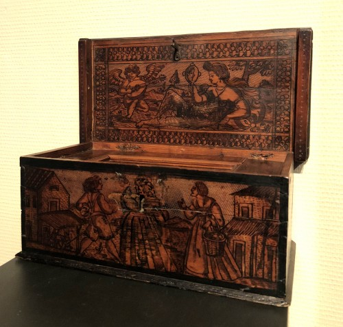 Furniture  - Casket in cedar wood. Northern italy. c1580.