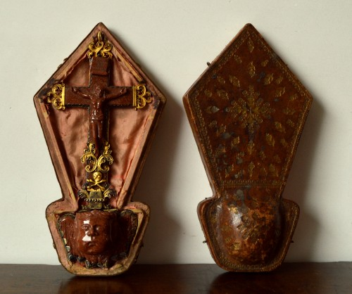 Antiquités - Silver gilt mounted goldstone holy water stoup, 17th century