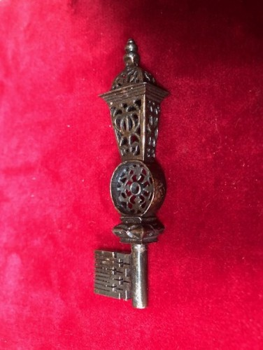 Iron lantern key.17th/18th century. -