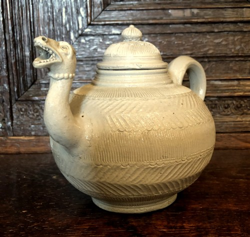 A Westerwald stoneware teapot.Mid-18th century - Curiosities Style