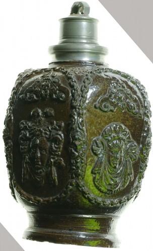Antiquités - Creussen stoneware flask.Germany circa 1620